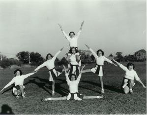 aquin cheerleaders